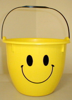 5 Qt Smiley Pail - Yellow Pail