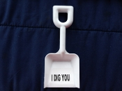 "Novelity Shovel - White - 9''  "" I DIG YOU"""